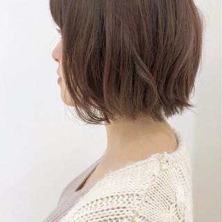 フェミニン エフォートレス ナチュラル オフィス ヘアスタイルや髪型の写真・画像