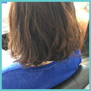 ラフ フェミニン ウェーブ デジタルパーマ ヘアスタイルや髪型の写真・画像