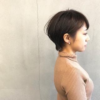 大人ショート ショートヘア ハンサムショート ナチュラル ヘアスタイルや髪型の写真・画像