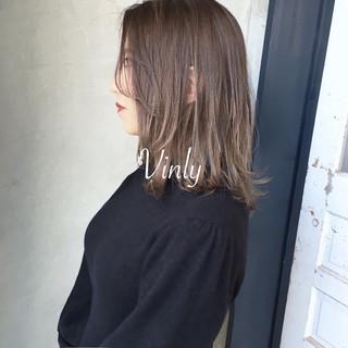 簡単ヘアアレンジ ナチュラル デート オフィス ヘアスタイルや髪型の写真・画像 ヘアスタイルや髪型の写真・画像