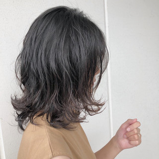 モード アンニュイ ミディアム ウルフカット ヘアスタイルや髪型の写真・画像