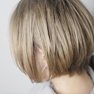 ボブ ガーリー ブロンドカラー ブリーチ必須 ヘアスタイルや髪型の写真・画像 ヘアスタイルや髪型の写真・画像