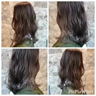 アンニュイ 外国人風 グレージュ ウェーブ ヘアスタイルや髪型の写真・画像
