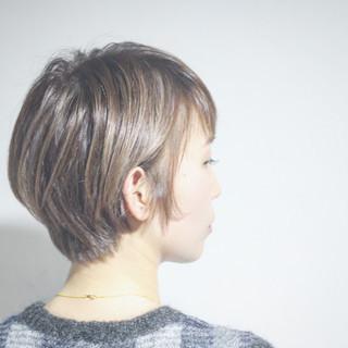 ショートボブ ショート 大人ハイライト グレージュ ヘアスタイルや髪型の写真・画像