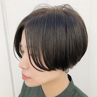 外国人風カラー カジュアル ナチュラル ショート ヘアスタイルや髪型の写真・画像