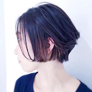 ボブ ナチュラル 暗髪 グレージュ ヘアスタイルや髪型の写真・画像 ヘアスタイルや髪型の写真・画像
