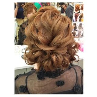 ミディアム 冬 フェミニン 結婚式 ヘアスタイルや髪型の写真・画像 ヘアスタイルや髪型の写真・画像