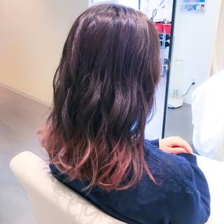 フェミニン 外国人風 ピンク ミディアム ヘアスタイルや髪型の写真・画像