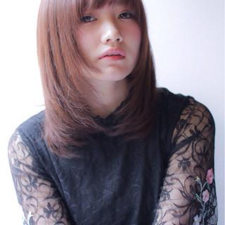 ミディアム こなれ感 デート 小顔 ヘアスタイルや髪型の写真・画像