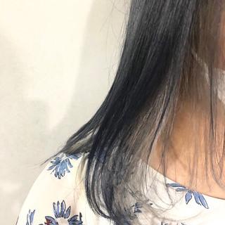 ヘアカラー ミディアム インナーカラー ラベンダーアッシュ ヘアスタイルや髪型の写真・画像