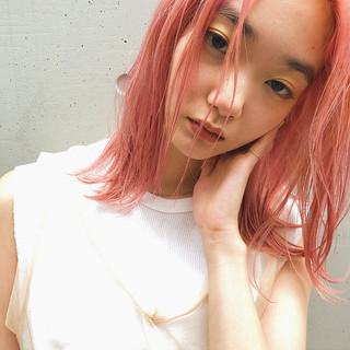 ミディアム アンニュイ ハイライト ストリート ヘアスタイルや髪型の写真・画像
