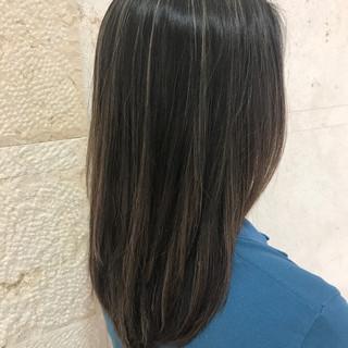 ハイライト モード こなれ感 ロング ヘアスタイルや髪型の写真・画像