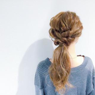 セミロング エレガント ヘアアレンジ 簡単ヘアアレンジ ヘアスタイルや髪型の写真・画像