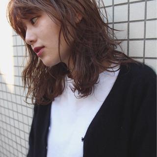 ウェーブ ストリート ゆるふわ 大人かわいい ヘアスタイルや髪型の写真・画像 ヘアスタイルや髪型の写真・画像