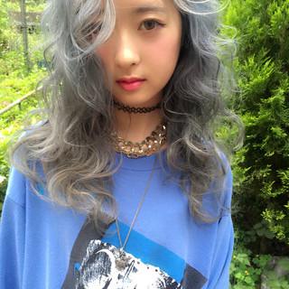 外国人風 アッシュ ストリート 暗髪 ヘアスタイルや髪型の写真・画像 ヘアスタイルや髪型の写真・画像