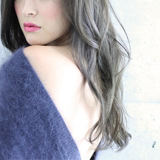 グラデーションカラー 外国人風 ハイライト ゆるふわ ヘアスタイルや髪型の写真・画像