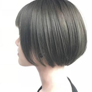 切りっぱなしボブ ハンサムショート ショート ショートボブ ヘアスタイルや髪型の写真・画像