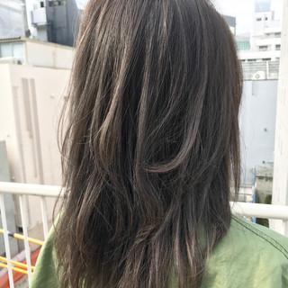 アッシュ セミロング レイヤーカット ナチュラル ヘアスタイルや髪型の写真・画像 ヘアスタイルや髪型の写真・画像