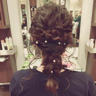 ロング 編み込み 二次会 フェミニン ヘアスタイルや髪型の写真・画像 ヘアスタイルや髪型の写真・画像