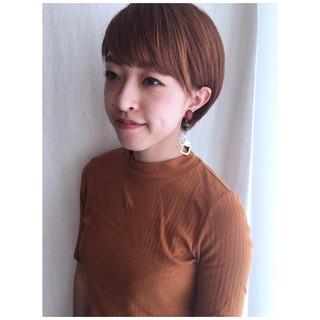 オレンジベージュ ミニボブ マッシュショート ショート ヘアスタイルや髪型の写真・画像