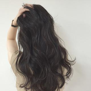 外国人風 ナチュラル 暗髪 ヘアアレンジ ヘアスタイルや髪型の写真・画像