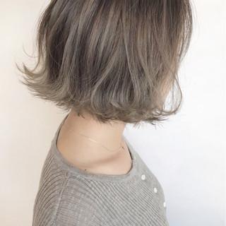 ヘアアレンジ ウェーブ ボブ 外国人風カラー ヘアスタイルや髪型の写真・画像