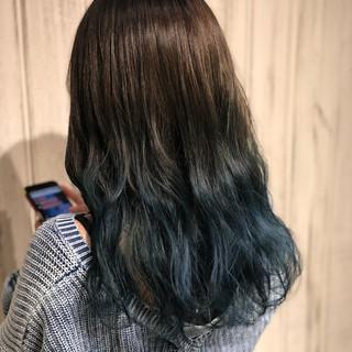 ブルー ブリーチ ロング グラデーションカラー ヘアスタイルや髪型の写真・画像 ヘアスタイルや髪型の写真・画像