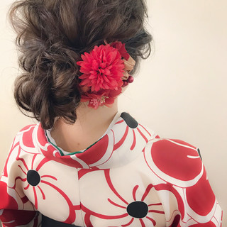 ミディアム 謝恩会 結婚式 ロブ ヘアスタイルや髪型の写真・画像