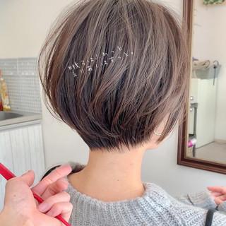 ショートヘア 切りっぱなしボブ ショート ショートボブ ヘアスタイルや髪型の写真・画像