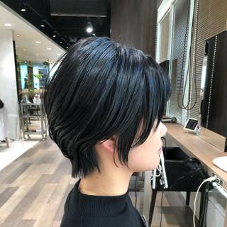 ショートヘア ショート ウルフカット ミニボブ ヘアスタイルや髪型の写真・画像