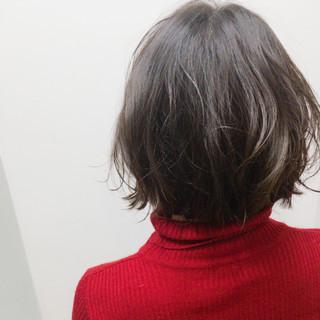 ナチュラル ダークアッシュ アッシュグレージュ ウェットヘア ヘアスタイルや髪型の写真・画像
