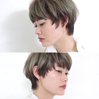 ショート インナーカラー ストリート ツートン ヘアスタイルや髪型の写真・画像