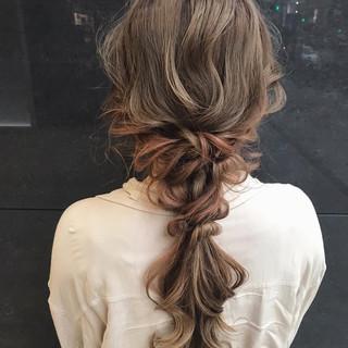 結婚式ヘアアレンジ ロング ガーリー ふわふわヘアアレンジ ヘアスタイルや髪型の写真・画像