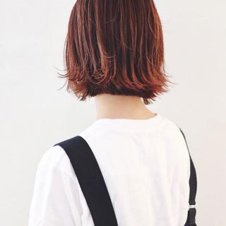 外国人風カラー レッドカラー グラデーションカラー ストリート ヘアスタイルや髪型の写真・画像