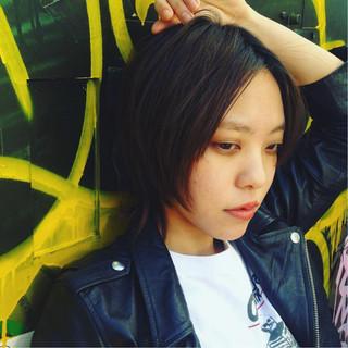 黒髪 ショート 外国人風 レイヤーカット ヘアスタイルや髪型の写真・画像 ヘアスタイルや髪型の写真・画像