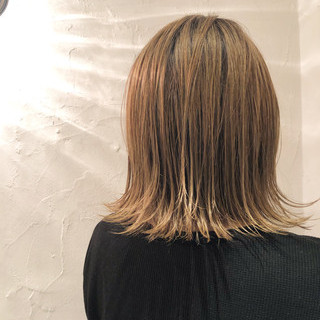 ボブ 外国人風カラー グレージュ デート ヘアスタイルや髪型の写真・画像