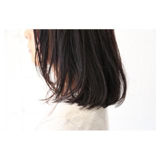 イルミナカラー 大人女子 ナチュラル 暗髪 ヘアスタイルや髪型の写真・画像