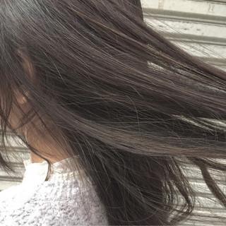 ミディアム ハイライト アッシュ 大人かわいい ヘアスタイルや髪型の写真・画像