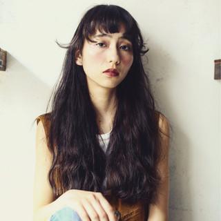 モード パーマ 暗髪 前髪あり ヘアスタイルや髪型の写真・画像