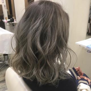 グラデーションカラー 色気 ニュアンス ボブ ヘアスタイルや髪型の写真・画像