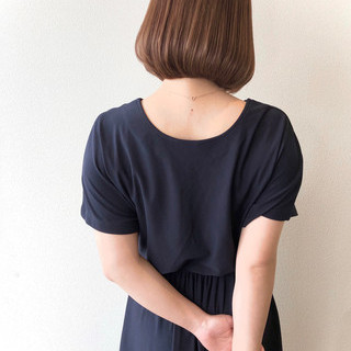 前下がりボブ ボブ 大人女子 ナチュラル ヘアスタイルや髪型の写真・画像