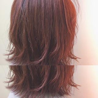 外ハネ ゆるふわ ピンク ウェットヘア ヘアスタイルや髪型の写真・画像
