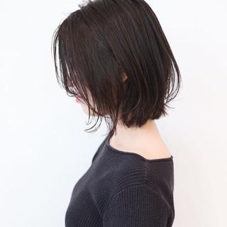 ボブ 切りっぱなしボブ ウルフカット 黒髪 ヘアスタイルや髪型の写真・画像