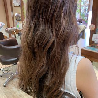 バレイヤージュ ハイライト 外国人風 グラデーションカラー ヘアスタイルや髪型の写真・画像