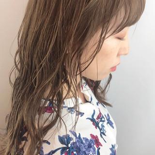かわいい 大人かわいい デート ナチュラルベージュ ヘアスタイルや髪型の写真・画像 ヘアスタイルや髪型の写真・画像
