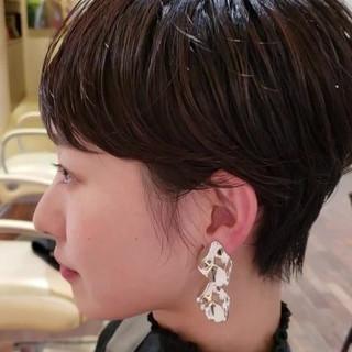 ナチュラル ヘアアレンジ パーマ デート ヘアスタイルや髪型の写真・画像 ヘアスタイルや髪型の写真・画像