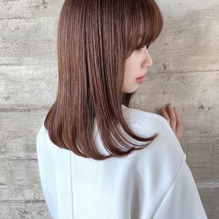 ナチュラル 美髪 ミディアム 内巻き ヘアスタイルや髪型の写真・画像