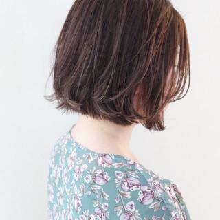 ナチュラル グレージュ ハイライト デート ヘアスタイルや髪型の写真・画像 ヘアスタイルや髪型の写真・画像