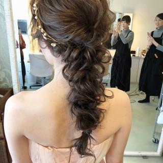 結婚式ヘアアレンジ フェミニン ゆるナチュラル 結婚式髪型 ヘアスタイルや髪型の写真・画像