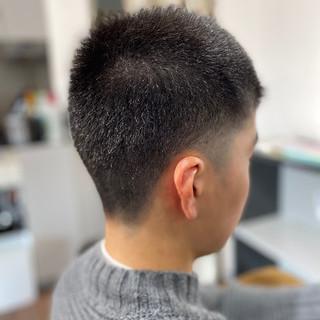 ショート フェードカット メンズヘア スキンフェード ヘアスタイルや髪型の写真・画像